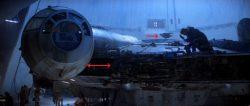 Faucon Millenium dans la base de Hoth