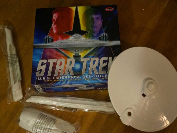 star trek enterprise polar light boxart
