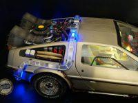 DeLorean Eaglemoss - Arrière allumé