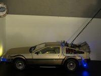 DeLorean - crochet déployé