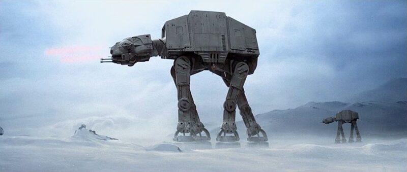 les marcheurs dans Star Wars : AT-AT lors de la bataille de Hoth